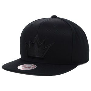 Sacramento Kings Mitchell and Ness NBA Team BW Snapback