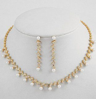 Simple Design Cream Pearl Bridal Necklace Earring Set W Gold Tone W Rhinestones Jewelry