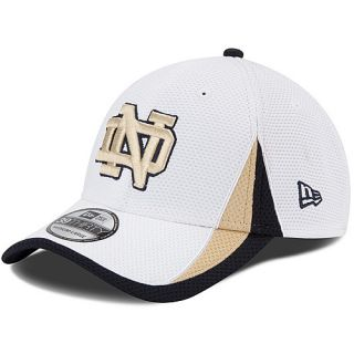 NEW ERA Mens Notre Dame Fighting Irish Training Classic 39THIRTY Flex Fit Cap