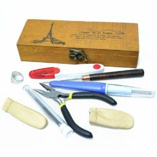SG Needle Felting Sewing Kit Tool Wooden Storage Box Thimble Ring Hand Pliers Finger Protectors Felting Needle Tool Thread Scissors Sewing Awl Mending Repair Craft Set