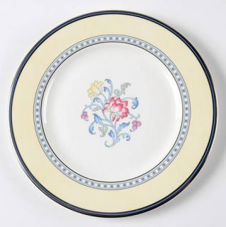 Royal Doulton Canterbury Accent Luncheon Plate, Fine China Dinnerware   Yellow,R