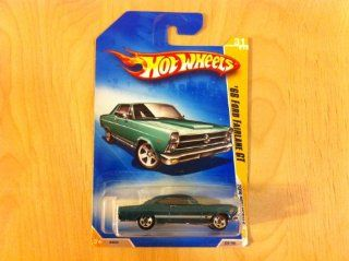 2009 Hot Wheels 031/190 '66 Ford Fairlane GT Turquoise 164 Toys & Games