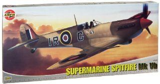 Airfix A12005 124 Scale Supermarine Spitfire VB Military Aircraft Classic Kit Series 12 Toys & Games