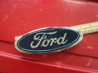 "EMBLEM ""FORD"" OVAL GRILLE TRUCK VAN EXPEDITION F81B8B262AA Automotive"