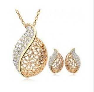 WIIPU New style Christmas gift crystal set necklace earring set fashion set��wp s717) Jewelry