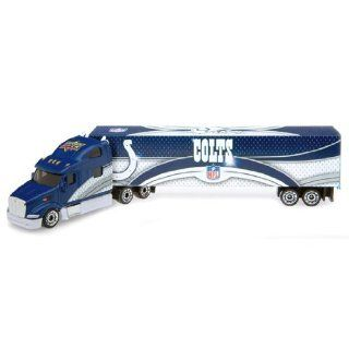 NFL 2008 Tractor Trailer Die cast   Cincinnatti Bengals NFL Team Indianapolis Colts Toys & Games