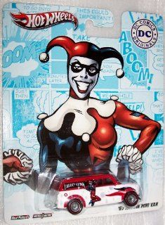 Hot Wheels DC Comics Real Riders Harley Quinn '67 Austin Mini Van   Die Cast Vehicle Toys & Games