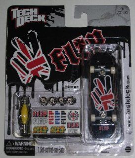 Tech Deck 96 mm Fingerboard FLIP Black/Red striped hand 20024276 Toys & Games