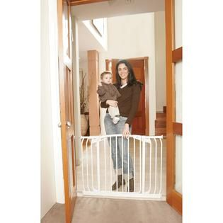 Dreambaby Chelsea Xtra Hallway Swing Closed Security Gate Combo Pack