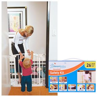 Dream Baby Swing Closed Security Gate with Extension & Childproofing