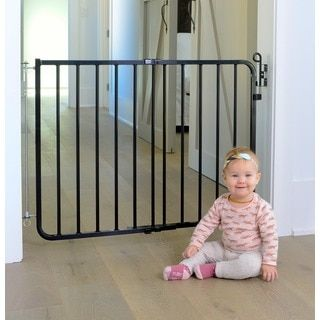 Richell Freestanding Wood Adjustable Pet Gate   15700072